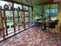 Hardie Clay Showroom